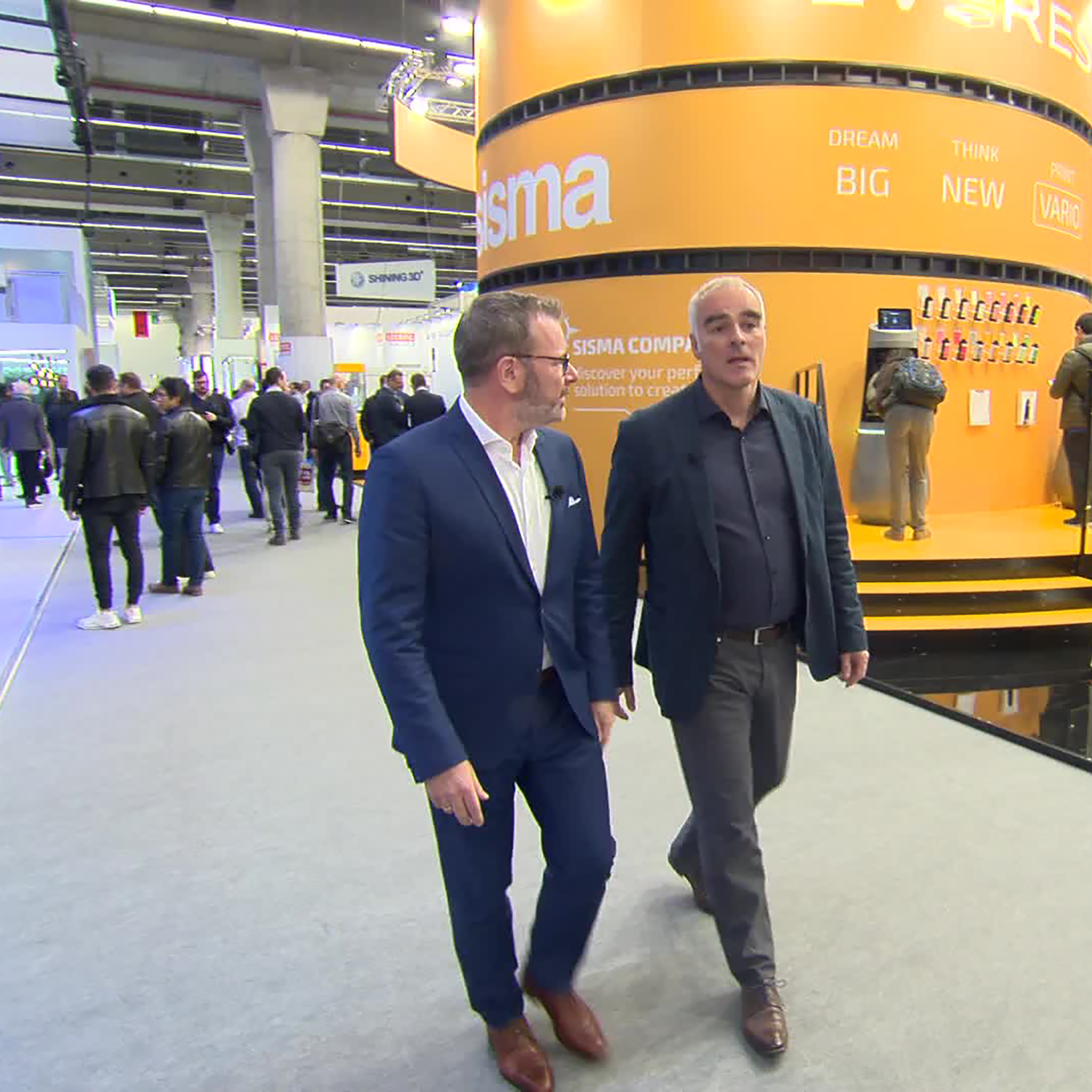 Showfloor Tour with Prof. Dr. Steffen Ritter